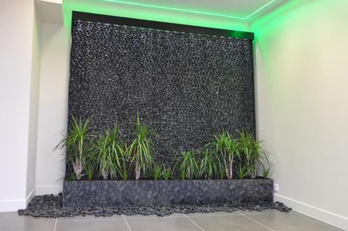 mur d 39 eau. Black Bedroom Furniture Sets. Home Design Ideas